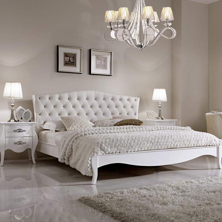 кровать белая с мягким изголовьем кровать глянец белая